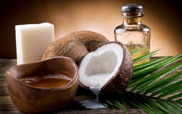 Cách làm se khít lỗ chân lông mặt tại nhà bằng dầu dừa 1