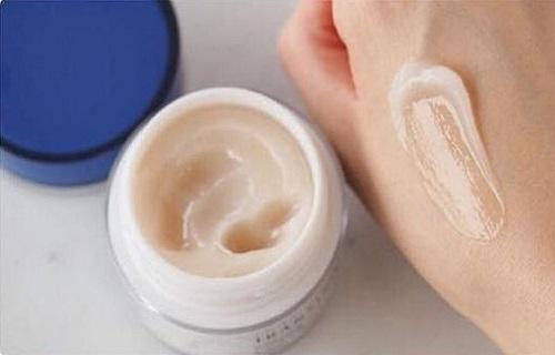 Transino Whitening Repair Cream review-4